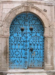 Tunisian - This sort of reminds me of the doors that where in the movie, ELIZABETHTOWN. Alex Baldwin's character bought two door's from Tunisia, for his huge office, at the shoe company. Great movie buy the way, and soundtrack!