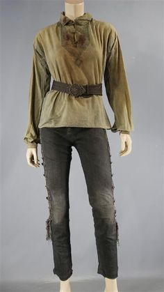 BLACK SAILS ANNE BONNY SCREEN WORN STUNT DOUBLE PIRATE COSTUME EP 404 (Bloody)