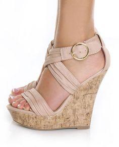 Las cuñas de los #zapatos más primaverales... ¡son de #corcho!