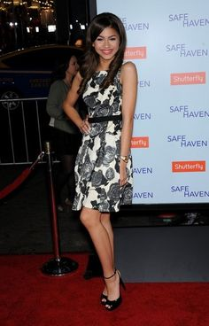 zendaya coleman 2013 | Zendaya Coleman 05/02/2013 'Safe Haven' film Premiere at the Chinese ...