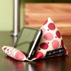 PodPillow para iPhone/iPod por dognamedbanjo en Etsy