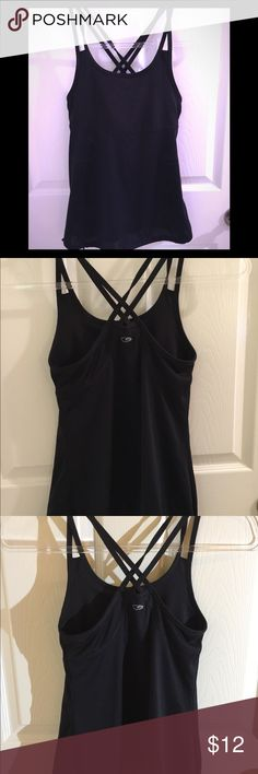 Champion work out 🏋🏾♀️ Athletic Top  XS Champion Athletic 🏋🏾♀️ Work Out Top. XS Used and previously worn. In good used condition. Champion Tops