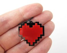 Undertale Necklace - Pixel Heart - cosplay of Frisk chain Undertale Cosplay, Nerd, Love Yourself First, Ball Chain, Pixel Art, Geek Stuff, My Style, Pretty, Frisk