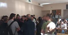 Θεσσαλονίκη: Επεισόδια στα δικαστήρια μεταξύ οπαδών Σώρρα - συλλογικοτήτων
