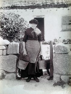 A portfolio of more than images of Cornwall are to be sold at Penzance Auction House with an estimate of This rare collection of photographs depict the ordinary lives of Cornish men and women from the and early century Mousehole Cornwall, Penzance Cornwall, Devon And Cornwall, Cornwall England, Old Pictures, Old Photos, Retro Pictures, Vintage Photographs, Vintage Photos