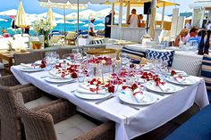 Bagatelle Beach Club St. Tropez - Like adjacent Nikki beach Bagatelle Beach is a concept with branches all over the world featuring St Barths, Miami, New York etc. Its less for relaxation and more for party!!!