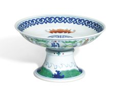 Asian Vases, Chinese Ceramics, Enamels, Chinese Art, Chinoiserie, White Ceramics, Decorative Bowls, Seal, Period