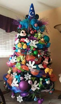 The Disney World of Wonder Christmas Tree!