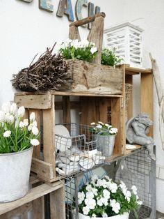 weinkisten weinstiegen alt rustikal deko regal von woodyform auf gestaltung. Black Bedroom Furniture Sets. Home Design Ideas