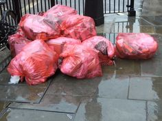 #ACB_Rubbish_Removal provides the fastest, reliable and professional services of #Waste_Collection in #London. Hire our services today to for making your backyard, lawn, house front and surroundings clean.