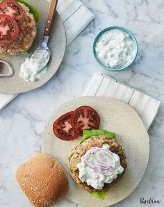 Greek turkey burgers with tzatziki sauce. Get this and more of the best summer dinner recipes to try every day this month. Tzatziki Sauce, Easy Summer Dinners, Dinners To Make, Cheap Dinners, Healthy Dinners, Healthy Recipes, Simple Meals, Budget Dinners, Food Dinners