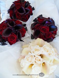 Calla Lilies and Roses!!!!! I LOVE it!!!