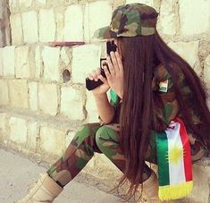 Find images and videos about girl, hair and kurdistan on We Heart It - the app to get lost in what you love. Beautiful Girl Photo, Cute Girl Photo, Girl Photo Poses, Beautiful Girl Image, Girl Photography Poses, Stylish Girls Photos, Stylish Girl Pic, Cool Girl Pictures, Girl Photos