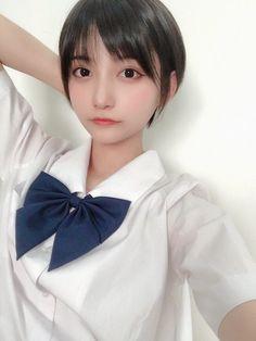Asian Cute, Cute Korean Girl, Beautiful Japanese Girl, Beautiful Asian Girls, Kawaii Fashion, Girl Fashion, Asian Short Hair, Japanese Photography, Face Pictures