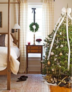 traditional home dec. 2012 bedroom, buffalow check drapes