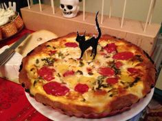 Happy Halloween, Halloween Party, Macarons, Vampire, Diy Food, Vegetable Pizza, Quiche, Snacks, Mashed Potatoes