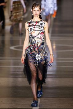 Christopher Kane | Ready-to-Wear Spring 2017 | Look 5