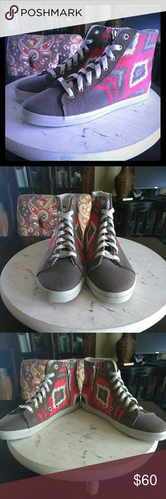 Selling this ☀👠FLASH SALE!!! Kim & Zozi-Hippie Bling Sneaker on Poshmark! My username is: mjrhodes88. #shopmycloset #poshmark #fashion #shopping #style #forsale #Kim & Zozi #Shoes