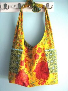 Lickety split bag for Kristian's sewing class project @Arcie Acosta  She will need 1 yard of two contrasting fabrics.  I ordered the pattern online!