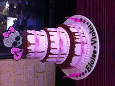 The cake! A replica of Draculaura's Sweet 1600th cake.