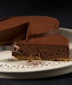chocolate tart by stelios parliaros Greek Sweets, Greek Desserts, Party Desserts, Bakery Recipes, Sweets Recipes, Pavlova, Keto Chocolate Recipe, Chocolate Cake, Chocolate Cheesecake