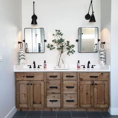 Beautiful master bathroom decor tips. Modern Farmhouse, Rustic Modern, Classic, light and airy master bathroom design tips. Bathroom makeover suggestions and bathroom renovation suggestions. Diy Bathroom, Steam Showers Bathroom, Bathroom Renos, Bathroom Shelves, Bathroom Organization, Bathroom Storage, Master Bathrooms, Remodel Bathroom, Bathroom Renovations