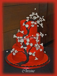 Oriental Cherry Blossom Tree by Denise Talbot Gorgeous Cakes, Amazing Cakes, Cake Disasters, Cherry Blossom Cake, Asian Cake, Red And White Weddings, Red Cake, Adult Birthday Cakes, Just Cakes
