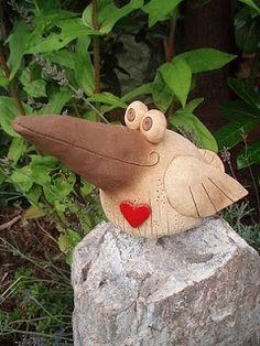 Clay Birds, Ceramic Birds, Ceramic Animals, Clay Animals, Ceramic Pottery, Ceramic Art, Paper Mache Clay, Paper Mache Sculpture, Bird Sculpture