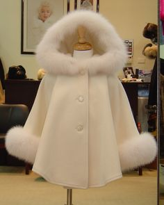 Children's Ivory Cashmere Hooded Coat White Fox Fur Trim Beautifully Canadian - The trim on the hood and cuffs are made from luxurious Fox fur. Lolita Fashion, Teen Fashion, Winter Fashion, Fashion Outfits, Fashion Trends, Fashion Coat, Cashmere Cape, Cashmere Pashmina, Kids Outfits