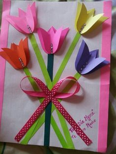 Here's 20 of the best Valentines Cards you can make for the man in your life. Most of the cards can be made with simple craft items you have lying around your home. Kids Crafts, Valentine Crafts For Kids, Mothers Day Crafts, Toddler Crafts, Preschool Crafts, Easter Crafts, Holiday Crafts, Diy And Crafts, Valentines Diy