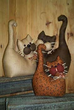 Sewing toys cat gatos 22 Ideas for 2019 Doorstop Pattern, Cat Pattern, Dog Quilts, Cat Cushion, Sock Dolls, Fabric Animals, Cat Pillow, Sewing Projects For Kids, Sewing Toys