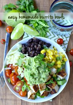 Easy to make healthy: Easy Homemade Burrito Bowls are a simplified, homemade version of Chipotle's Burrito Bowls. Fresh and. Vegan Recipes Easy, Organic Recipes, Mexican Food Recipes, Vegetarian Recipes, Mexican Desserts, Drink Recipes, Dinner Recipes, Clean Eating Recipes, Healthy Eating