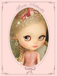 Ooak Blythe Marie Antoinette by Lilleprincesse