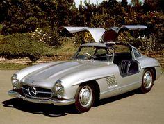 """Coolest 15 classic cars"" Mercedes 300SL Gullwing"