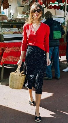 Color Combo: Red & black | Basket bag | Porportions: Knee length skirt with cardigan top #french_style_2017