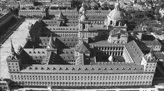 Efemérides de Madrid. 23 de Abril. 1563.- Colocación de la primera piedra del Monasterio de El Escorial.