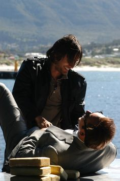 Jared Leto & Nicolas Cage - Lord of War film set, Hout Bay, South Africa. (source: ?)
