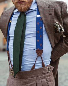 Hangers on tweed & prince of wales Latest Mens Fashion, Mens Fashion Suits, Outfit Hombre Formal, Stylish Men, Stylish Outfits, Suit And Tie, Gentleman Style, Look Fashion, Elegance Fashion