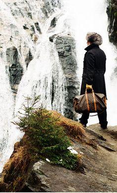 """Friedrich """"Supergeil"""" Liechtenstein über Bad Gastein: """"Ich war sofort schockverliebt."""" Diese und weitere Geständnisse hier: http://www.travelbook.de/europa/Vom-Supermarkt-zum-Luftkurort-Supergeil-Typ-wirbt-jetzt-fuer-Bad-Gastein-492776.html"""