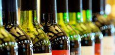 Un estudio del MAGRAMA muestra al sector vitivinícola como protagonista principal del sector agroalimentario http://www.vinetur.com/2013011011065/un-estudio-del-magrama-muestra-al-sector-vitivinicola-como-protagonista-principal-del-sector-agroalimentario.html