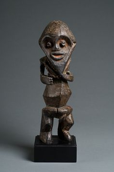 Figure Cameroon early 20th century Wood, string, fiber