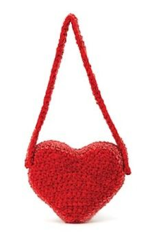 Free Crochet Pattern: ♥ⓛⓞⓥⓔ♥ Heart Bag. I so love red!  #crochet #hearts #valentines #love