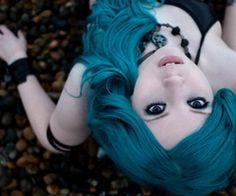 turquoise hair... If i could.. I probably would. Lol
