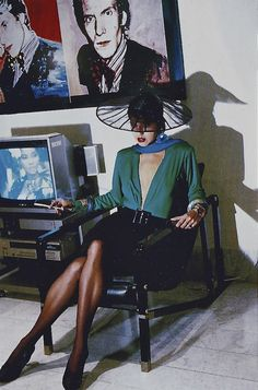 VHS Power vmagazine: photographer:Helmut Newton – designer: Yves Saint Laurent Rive Gauche 1985 paintings by Andy Warhol Paolo Roversi, Parisienne Chic, Peter Lindbergh, Yves Saint Laurent, Claudia Schiffer, Cindy Crawford, Photography Women, Fashion Photography, Editorial Photography