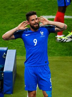 Olivier Giroud Photos Photos - Olivier Giroud of France celebrates scoring his team's first goal during the UEFA Euro 2016 Group A match between France and Romania at Stade de France on June 10, 2016 in Paris, France. - France v Romania - Group A: UEFA Euro 2016