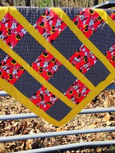 Minnie Mouse Crib Quilt in Red & Black by NeNesQuilts on Etsy