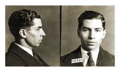 The Mafia are an important element of Italian history and culture. These mobsters originate from Italy and the Italian island, Sicily. Real Gangster, Mafia Gangster, 1920s Mens Hair, 1920s Aesthetic, Mafia Crime, Rare Historical Photos, Life Of Crime, Mug Shots, The Book
