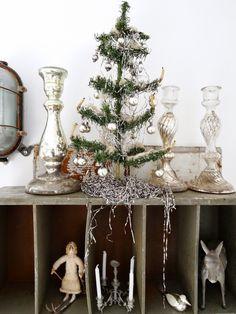 antiker Weihnachtsschmuck, weihnachtliche Dekorationen,