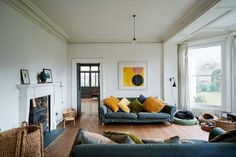 Yellow house on the beach: bohemian and stylish