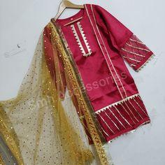 Source by clothes pakistani Salwar Kurta, Indian Salwar Kameez, Patiala, Lehenga Saree, Georgette Sarees, Silk Sarees, Girls Dresses Sewing, Stylish Dresses For Girls, Fancy Dress Design